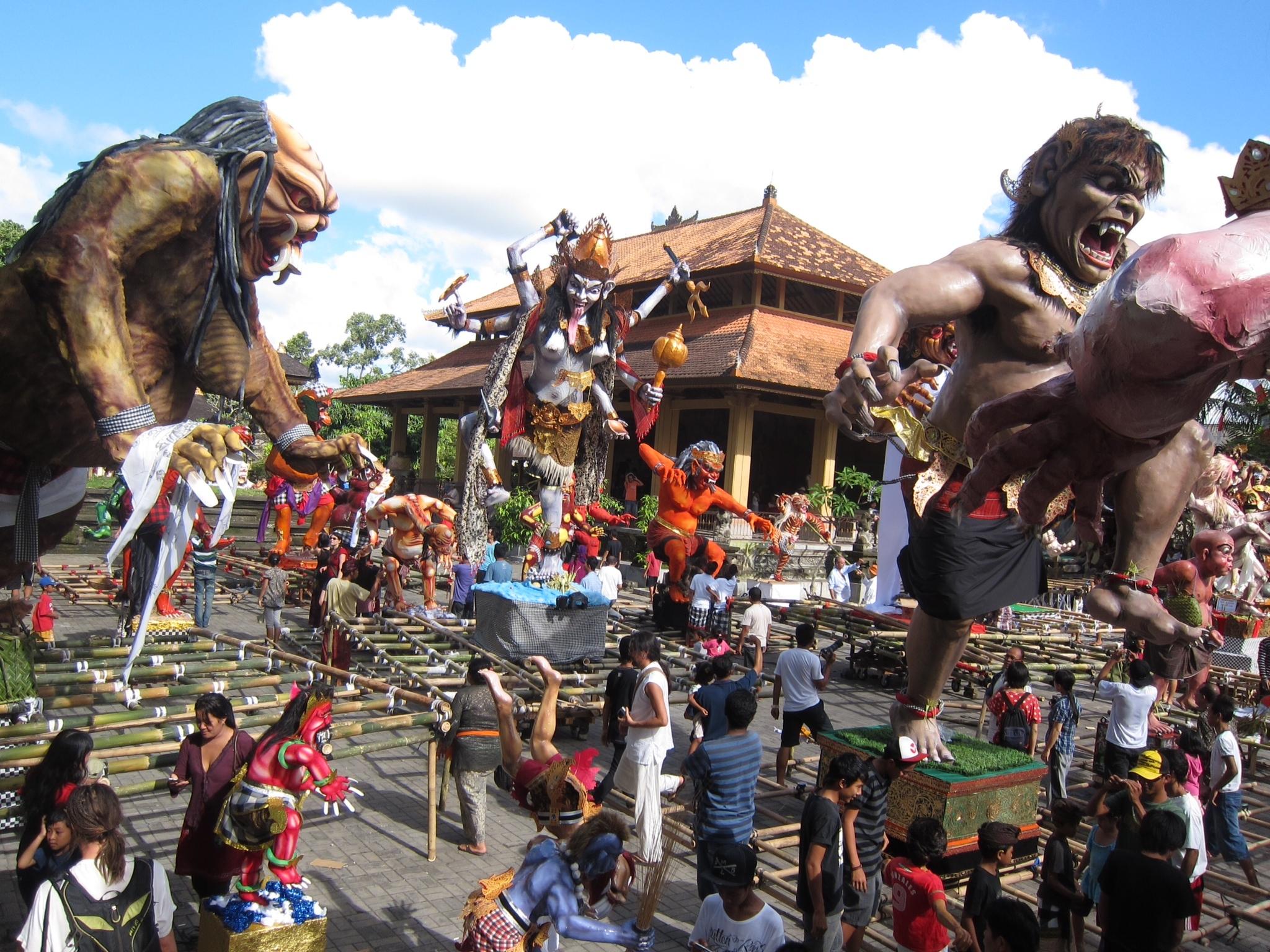 Nouvel an Balinais – Indonésie